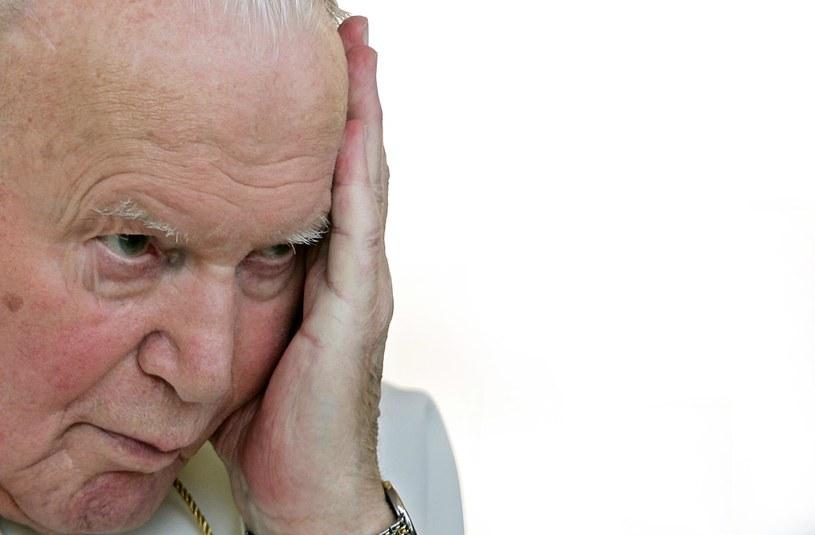 Katolicy dziękują za kanonizację Jana Pawła II /AFP