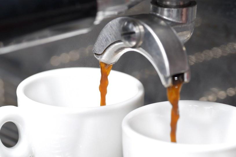 """Kawa """"cold brew"""" to zupełne przeciwieństwo klasycznego espresso /123RF/PICSEL"""