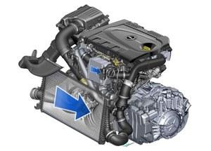 Każda turbosprężarka ma swój własny intercooler. /Opel