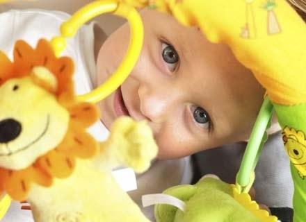 Każde dziecko rodzi się optymistą, ale to od rodziców zależy, czy nim pozostanie /ThetaXstock