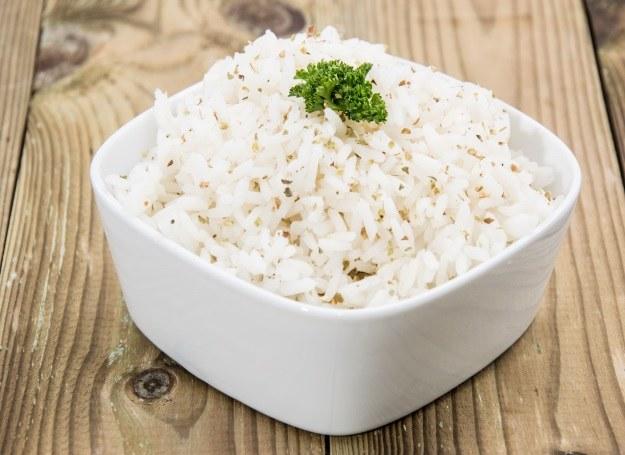Każdego roku po ryż sięga coraz więcej Polaków /©123RF/PICSEL