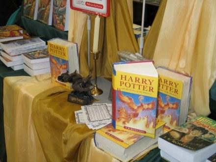 """Każdy chce osiągnąć sukces na miarę autorki """"Harry'ego Pottera"""" /AFP"""