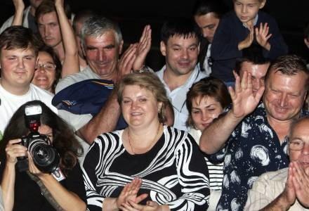 Kazpirowski na swoich spotkaniach gromadził tłumy /AFP