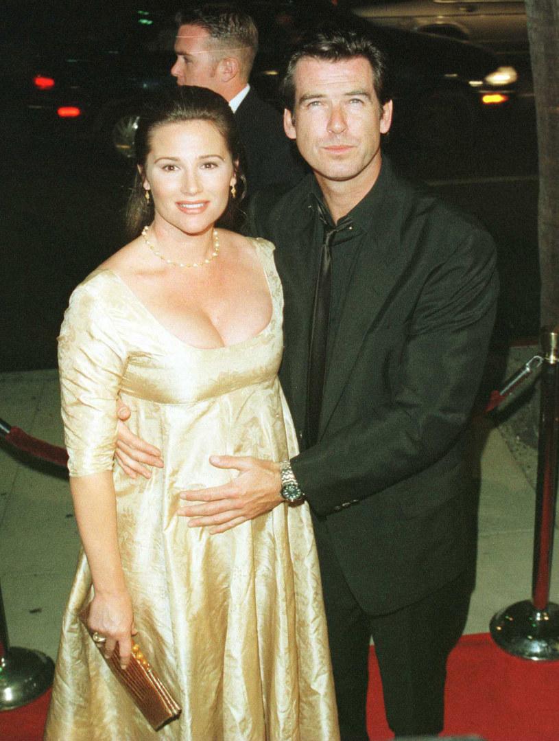 Keely Shaye Smith i Pierce Brosnan w 1996 roku /Stewart Cook /Getty Images