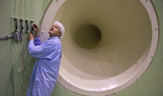 Kees van Zijtveldt w Large European Acoustic Facility.  Fot. ESA /materiały prasowe