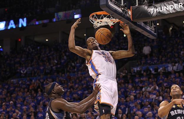 Kevin Durant zdobył 39 punktów dla Thunder /AFP
