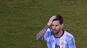 Kibic chce sprzedać piłkę, którą Messi przestrzelił karnego