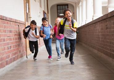 Kiedy dziecko powinno zacząć naukę języka obcego?
