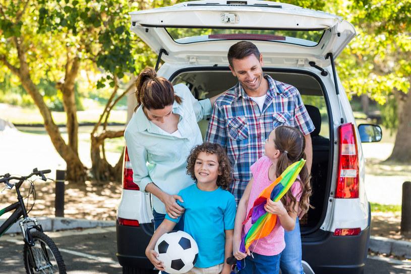 Kiedy spakujecie już najpotrzebniejsze rzeczy możecie zabrać się za pakowanie tych, których celem jest umilenie wam podróży i pobytu na miejscu /©123RF/PICSEL