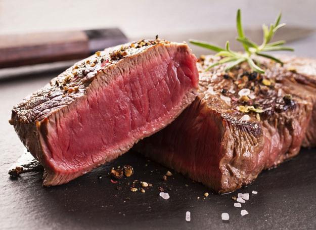 Kiedyś jedliśmy mięso pochodzące od krów czarno-białych rasy mleczno-mięsnej /123RF/PICSEL
