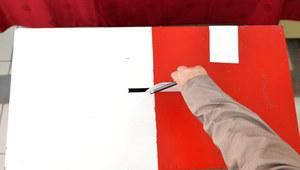 Kielce: Komitet referendalny złożył podpisy u komisarza wyborczego