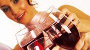 Kieliszek wina, mały drink - dla zdrowia