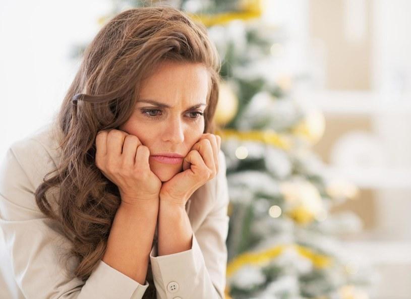 Kieliszek wina pomoże w walce ze złym samopoczuciem /Picsel /©123RF/PICSEL