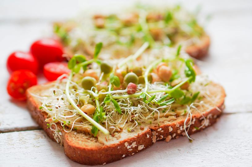 Kiełki powinny jeść osoby, które odczuwają brak apetytu /123RF/PICSEL