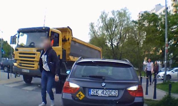 Kierowca BMW poczuł się głęboko urażony /