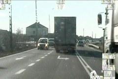 Kierowca ciężarówki szarżował pod prąd na Podlasiu