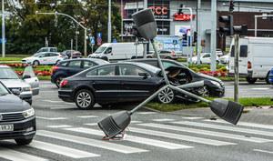 Kierowcy znaleźli sposób, by płacić niższe stawki OC