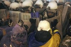 Kijów: Milicja zlikwidowała barykady opozycji