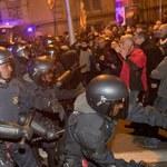 Kilkadziesiąt osób rannych po starciach w Barcelonie