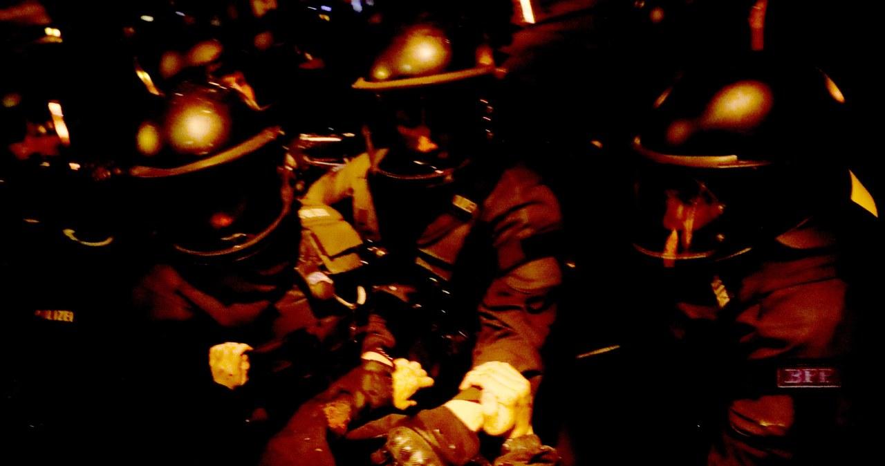 Kilkudziesięciu funkcjonariuszy rannych w starciach policji z antyglobalistami w Hamburgu