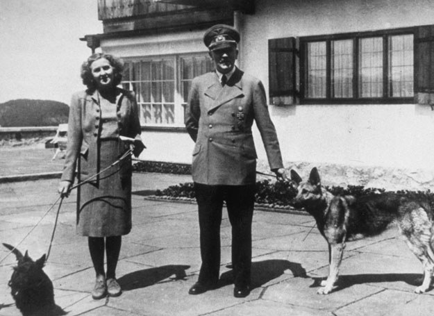 Kim naprawdę była kobieta, która przez 14 lat towarzyszyła Adolfowi Hitlerowi?  /Getty Images/Flash Press Media