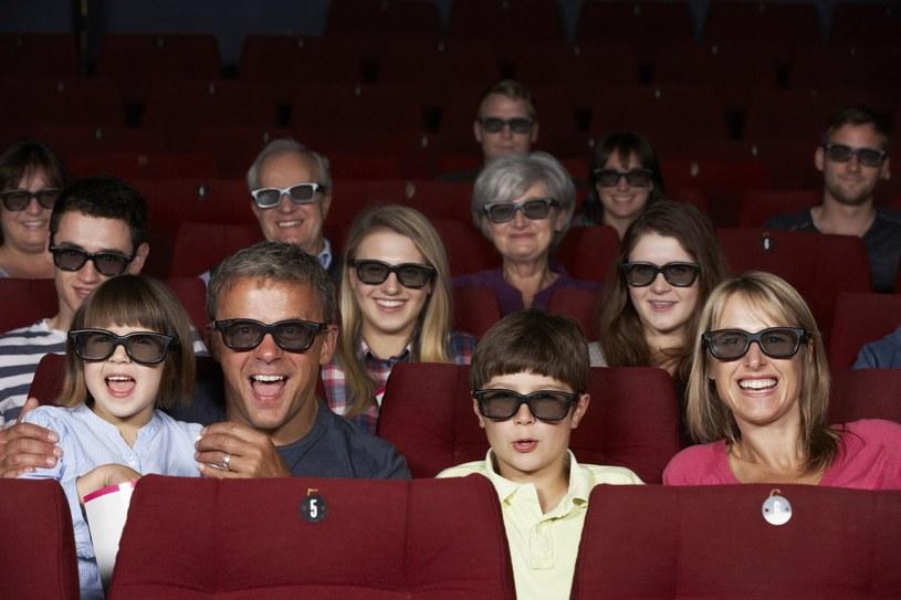 Kino i spacer - to dobry pomysł, żeby odstresowac szóstoklasistę /123RF/PICSEL