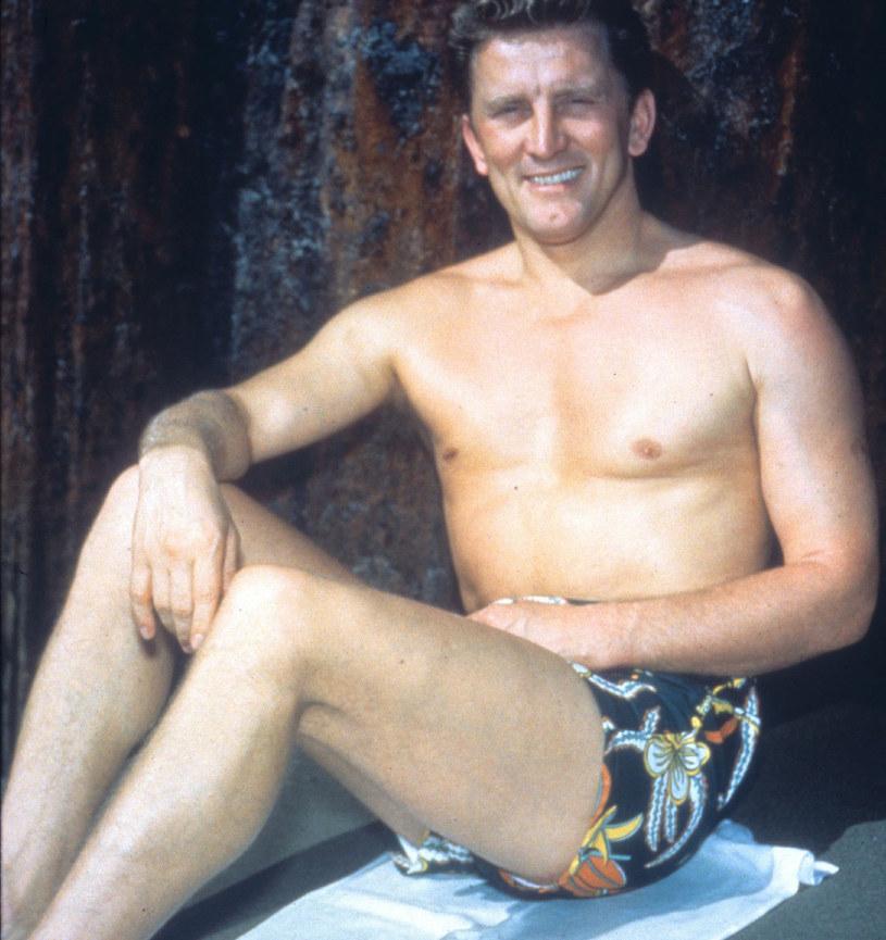 Kirk Douglas w początkach aktorskiej kariery /Mary Evans Picture Library /East News