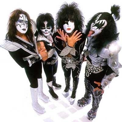Kiss: Seksowni i odrobinę niegrzeczni? /