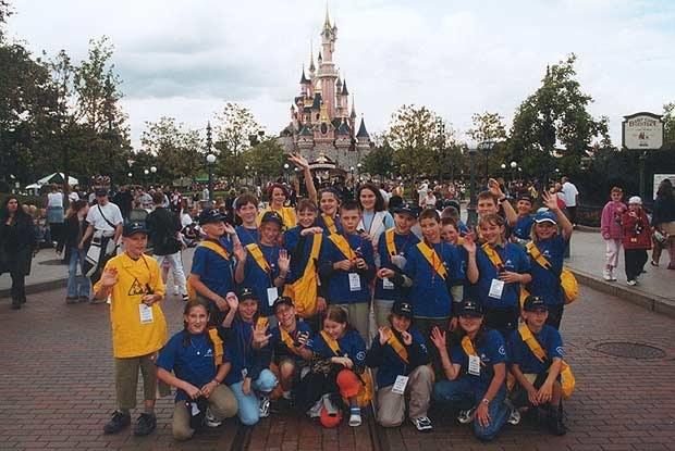 Klasa 4B z Głowna we francuskim Disneylandzie (kliknij) /INTERIA.PL