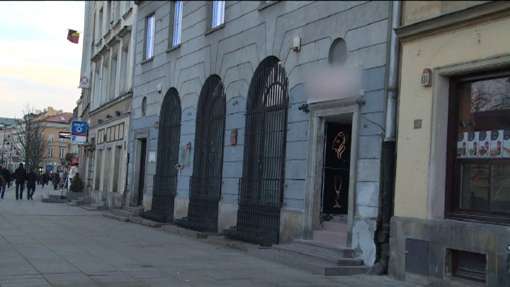 Klub go-go niedaleko kościoła św. Anny. Duchowni i kombatanci oburzeni /TVN24/x-news