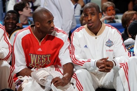 Kobe Bryant (z lewej) i Chris Paul, FOT. Andrew D. Bernstein/Contributor /Getty Images/Flash Press Media