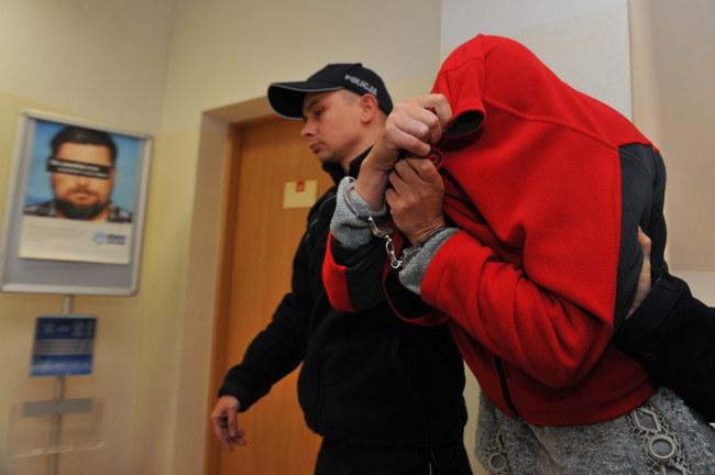Kobieta trafi do aresztu na 3 miesiące /Marcin Bielecki /PAP
