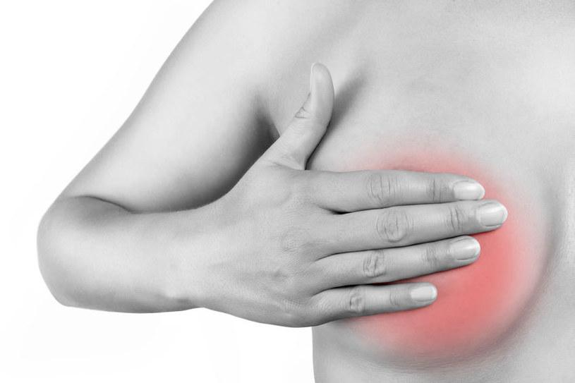 Kobiety narażone na raka piersi mogą zachorować także na raka macicy? /©123RF/PICSEL