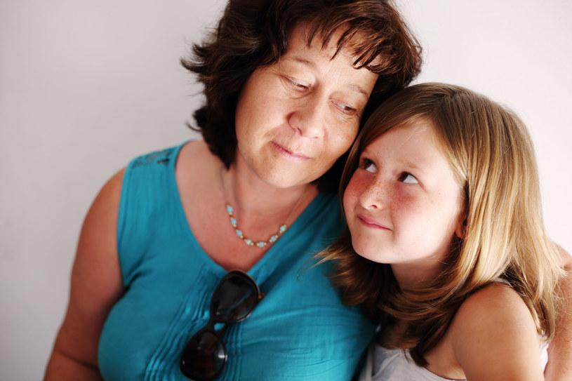 Kobiety w dojrzałym wieku na ogół określają swoje późniejsze macierzyństwo jako bardziej świadome /©123RF/PICSEL
