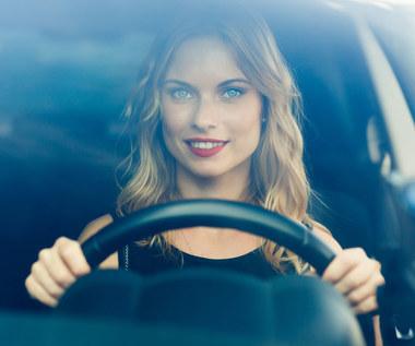 Kobiety za kierownicą: Fakty i mity