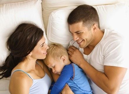 Kochajcie dzieci tak, jak umiecie najlepiej! /ThetaXstock
