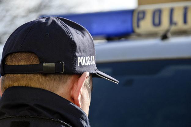 Kodeks pracy będzie bronił mundurowych. /123RF/PICSEL