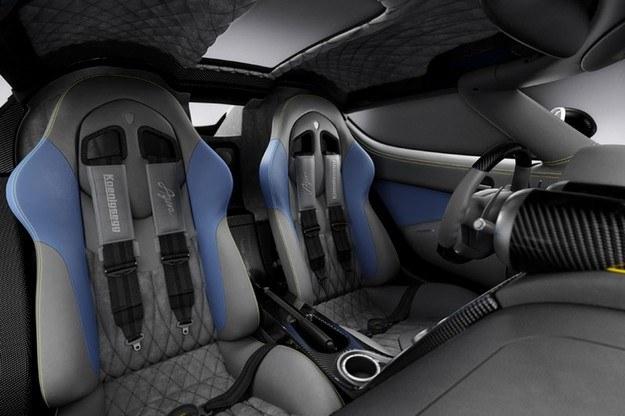 Koenigsegg agera /