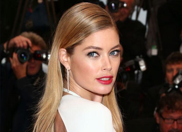 Kojarzona z kampaniami L'Oreal i Victoria's Secret Holenderka jest już doświadczoną modelką /Getty Images