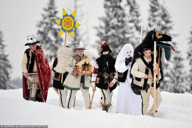Kolędnicy w okolicach Zakopanego/fot. A. Gladecki /Reporter