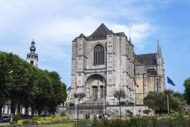 Kolegiata św. Waldetrudy w Mons /123/RF PICSEL