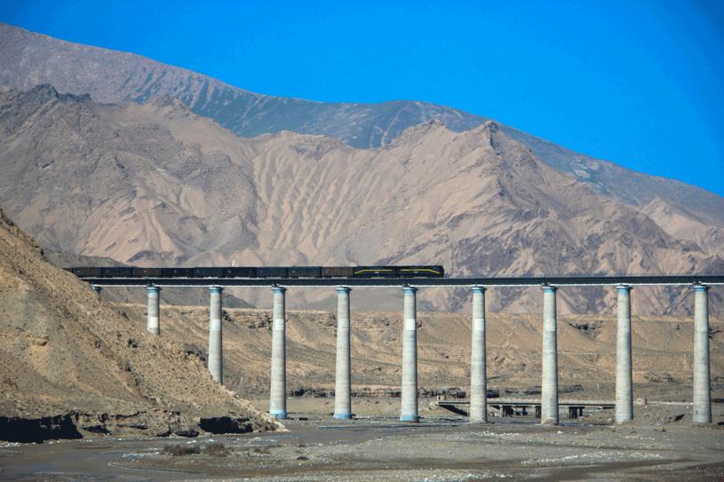 Koleją do Tybetu? To może być podróż marzeń /©123RF/PICSEL