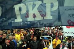 Kolejarskie związki protestują w stolicy