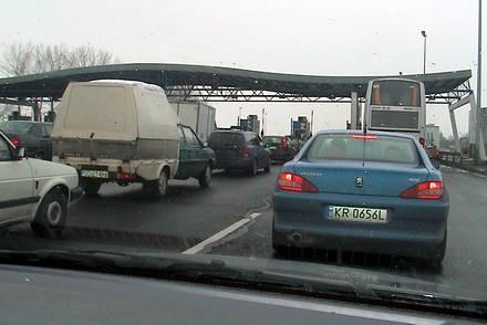 Kolejka przed wjazdem na A4 / Kliknij /INTERIA.PL