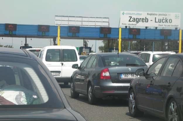 Kolejki przed punktami poboru opłat autostradowych w Chorwacji są raczej pewne! /