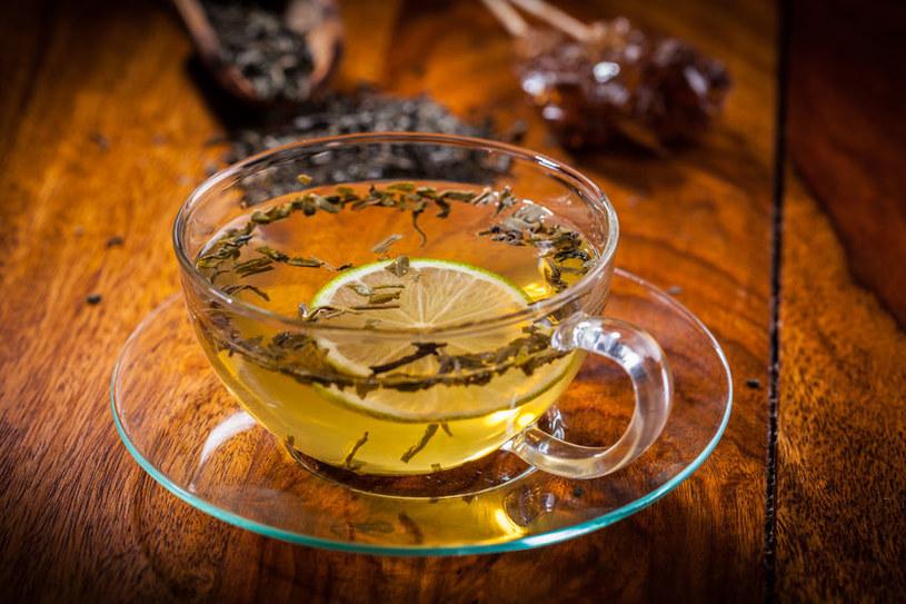 Kolejna niezwykła właściwość zielonej herbaty - poprawa kontrastu w badaniu MRI /©123RF/PICSEL