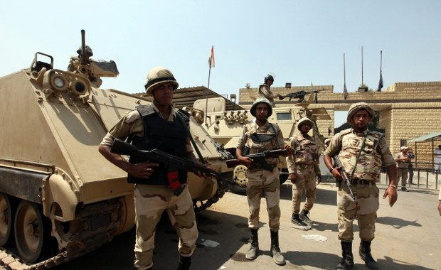 Kolejne biura zawieszają wyjazdy do Egiptu