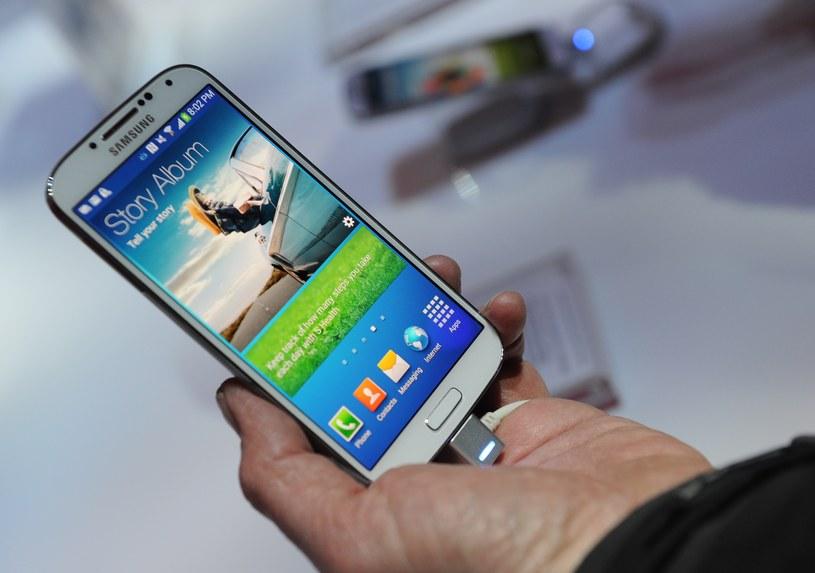 Kolejny flagowiec Samsunga może być dostępny w dwóch wersjach. /AFP