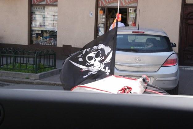 Kolejny pirat na drodze