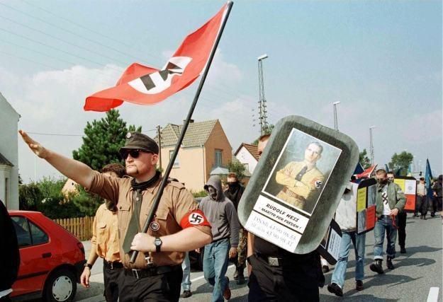 Kolejnym celem Anonimowych stali się neonaziści /AFP